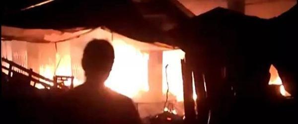 广西融安一烟花爆竹店凌晨爆炸失火,致5人死亡