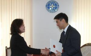 女外交官杜德文出任中国驻吉尔吉斯斯坦大使