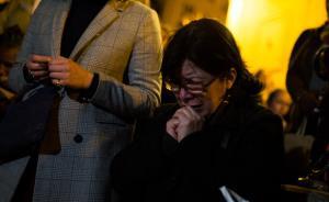 直击|巴黎不眠夜,数百人在塞纳?#20248;?#35266;望、祈祷