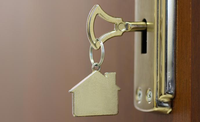王石:年轻人别急着买房子,一旦买了就等于把自?#21512;?#23450;住了