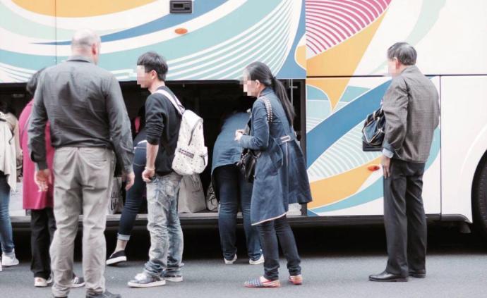 中國旅行團在巴黎遭搶劫:受害者被噴催淚瓦斯,劫匪有的放矢