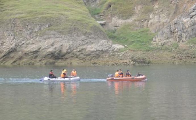 貴州貞豐縣船只側翻事故新發現5名生還者,目前還有3人失聯