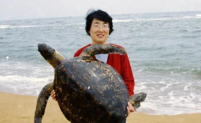 """跟隨""""北京銀礦"""",重回八十年代的夏日海邊"""