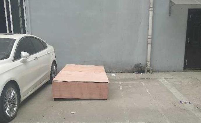 建材商在河南偃师法院坠亡,洛阳中院评查其生前合同纠纷案