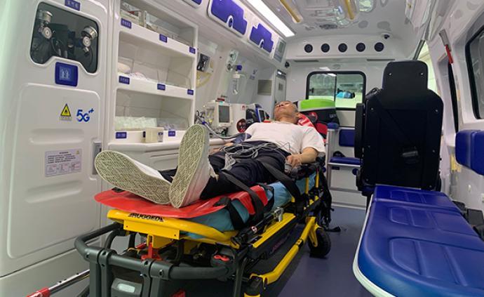 """把急诊室""""搬""""上救护车,上海开展首例5G急救演习"""