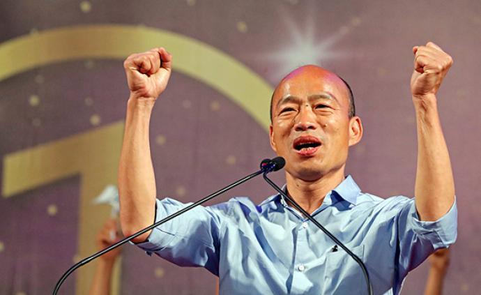 韩国瑜台中造势现场人数据称破20万,前市长胡志强现身力挺