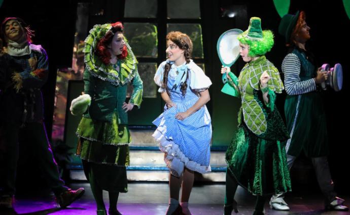 音樂劇《綠野仙蹤》登陸上海,改自1939年電影版