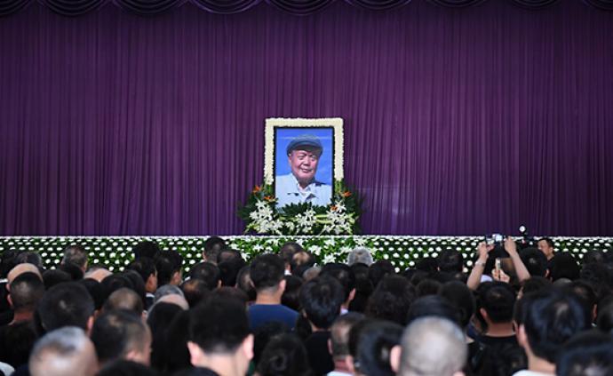 """""""黃土畫派創始人""""劉文西同志遺體告別儀式在西安舉行"""