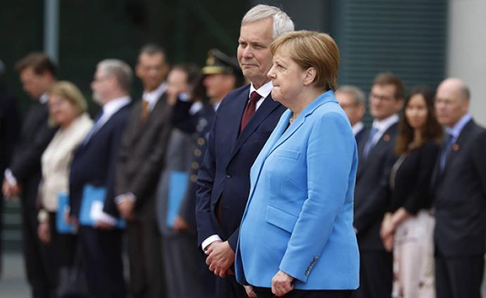"""默克尔一月内三次颤抖,民调称六成德国人认为这是""""私事"""""""