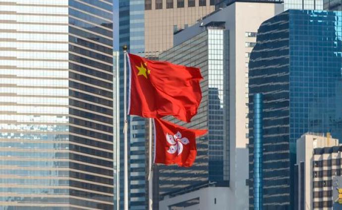 港區全國人大代表強烈譴責激進示威者肆意涂污莊嚴國徽