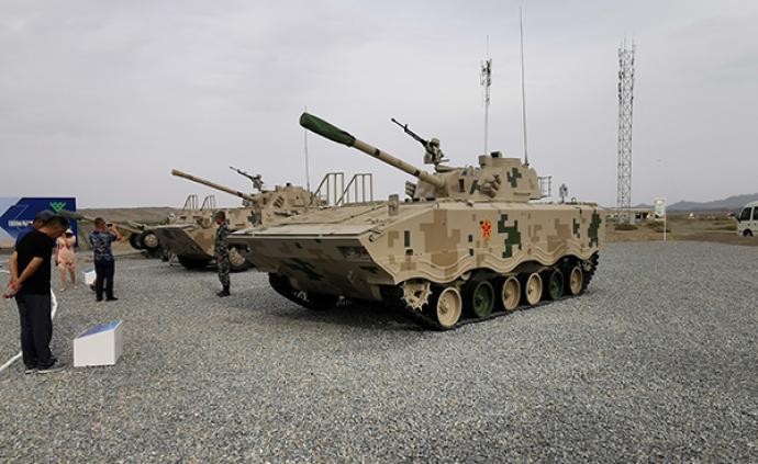 讲武谈兵 陆战多面手,从我军迫榴炮谈谈多功能火炮的发展