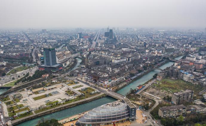 国家发改委:加快成渝城市群一体化发展,提升城市群功能