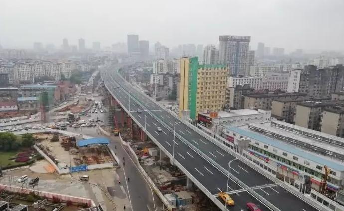 央广网评论:南昌洪都高架路设计之误是劳民伤财之始