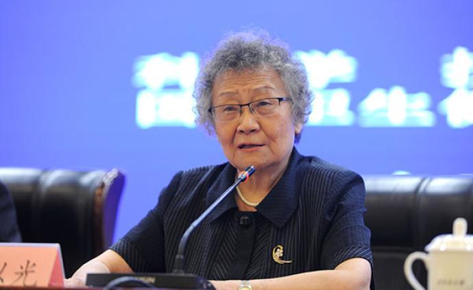 """专访84岁可利霉素发明人王以光:我们不能永远""""仿制"""""""