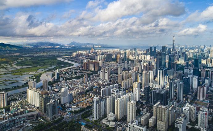 香港深圳比比看:留给香港的时间,不多了······