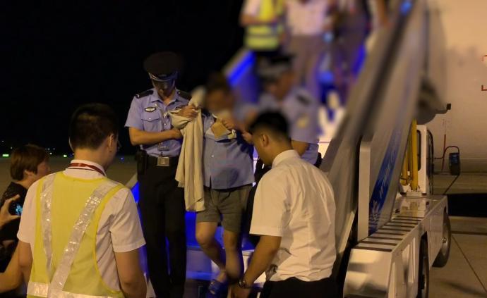 老挝车祸受伤旅客包机回国,已抵南京