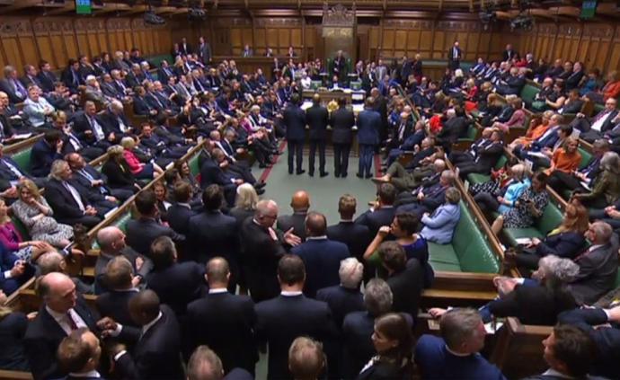 英國議會該管外交嗎?一個被忽略的問題與陷入黨爭的脫歐困局