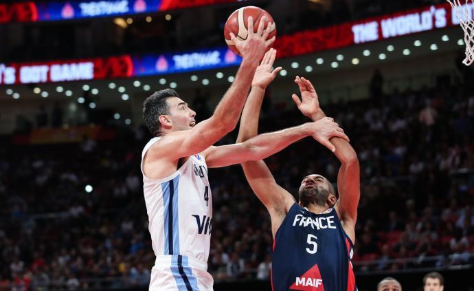 斯科拉28+13!阿根廷男篮战胜法国,决赛对阵西班牙
