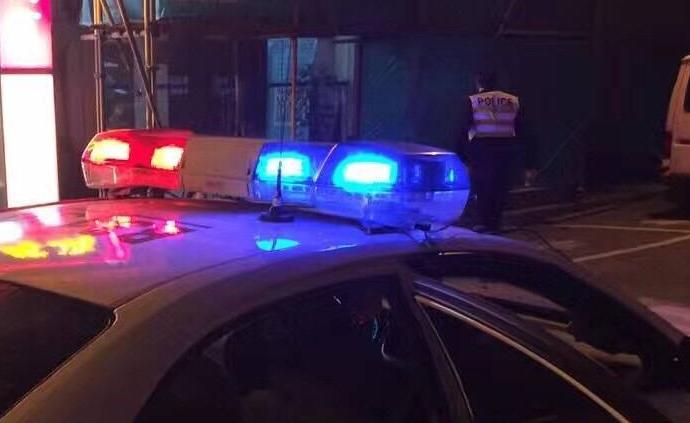 西安一环卫工凌晨被车撞伤,警方发协查通报督促肇事司机自首