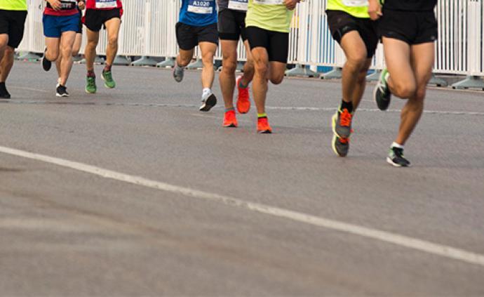 2019北京馬拉松于11月3號7:30起跑,三萬人參賽