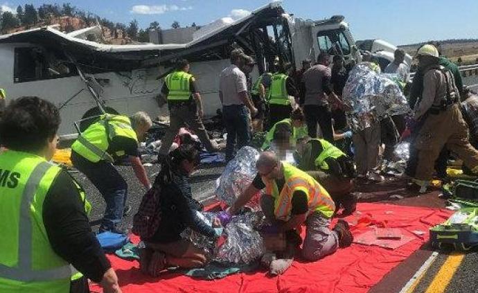 猶他州巴士事故初步原因:大巴向右偏移司機打方向過猛致翻車