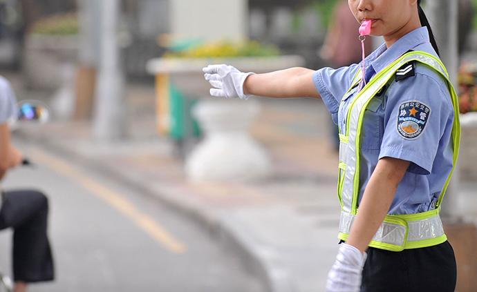 乐山市公安局:近3年招录辅警过半离职,将稳步提高辅警待遇