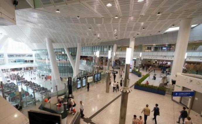 广深港高铁香港段开通一周年,周末日均乘客量6.2万人次