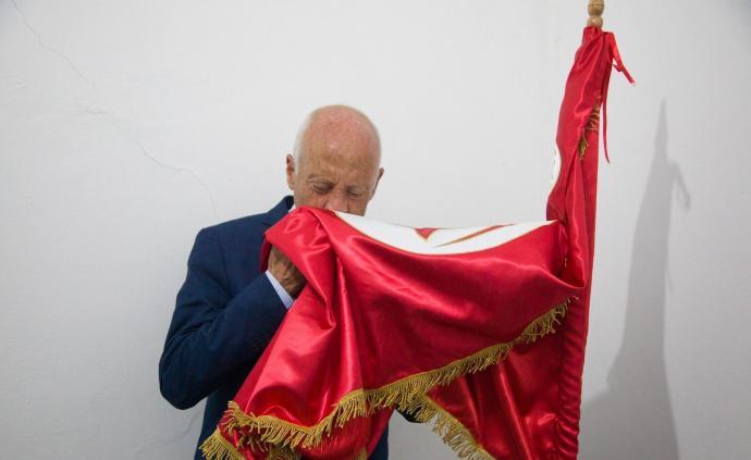教授和傳媒大亨角逐突尼斯總統,民眾為何厭棄傳統政治勢力?