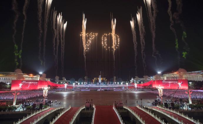 專訪|蔡國強詳談國慶煙花幕后:是盛典,也是接地氣的情感