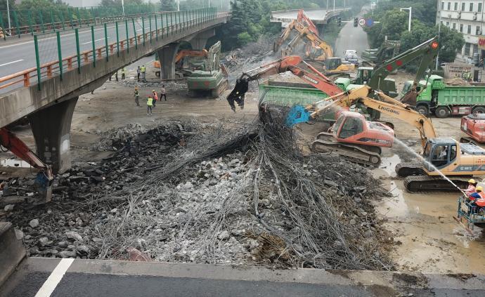 無錫高架橋事故涉事貨車公司被曝光:1年涉6起交通事故糾紛