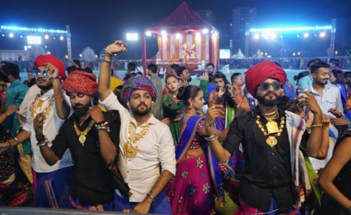 绝色印度:披最华丽的衣,蹦最欢快的迪