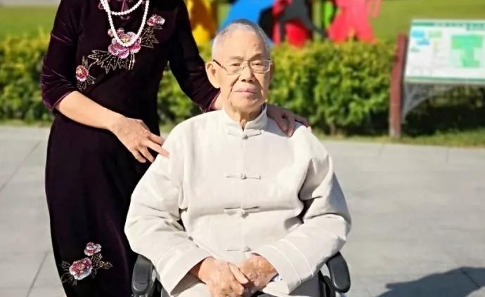 香港著名愛國實業家馮燊均逝世,生前致力傳統國學教育的發展