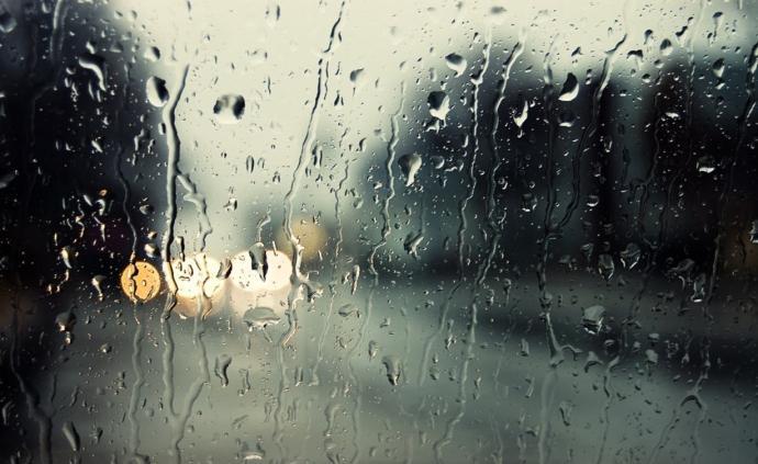 冷空氣來了!上海本周4天有雨最低溫17℃,或將入秋