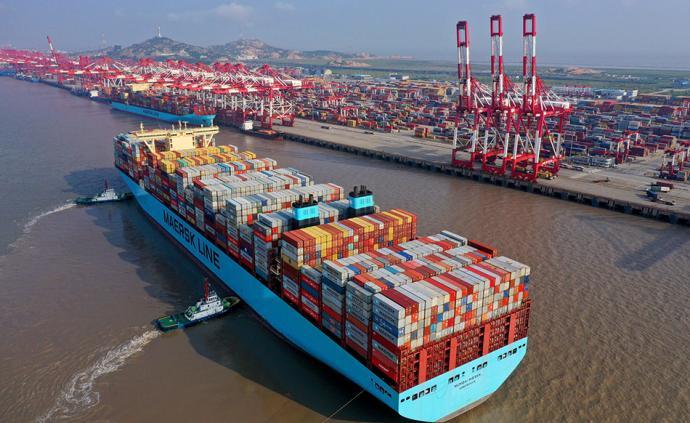 """""""数""""说中国经济:0.1个百分点背后的百分百努力"""
