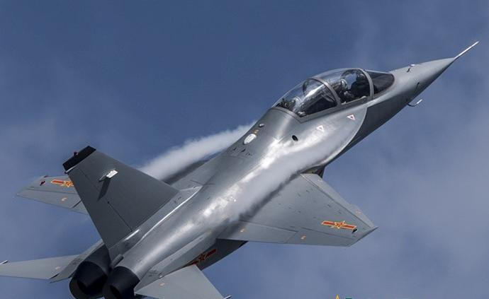 讲武谈兵 从长春航空开放活动看空军教练机装备体系发展