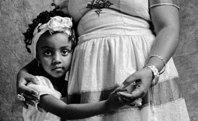 看展览丨当上海摄影师遇见埃塞俄比亚的移民