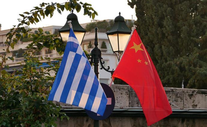 只隔6天的重聚,跨?#35282;?#24180;的对话!习主席今天到访希腊