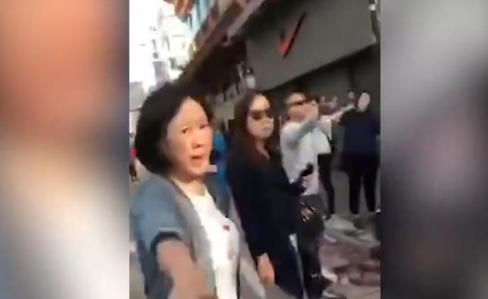 香港元朗市民合力驱赶暴徒,主动清理路障