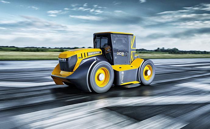 早安·世界|時速166.7公里!英國推出全球最快拖拉機