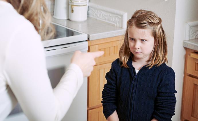 為什么我要生在你們家?小孩說羨慕別人家,是不懂感恩嗎
