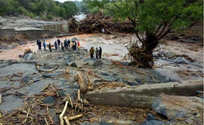 肯尼亞山體滑坡致死56人