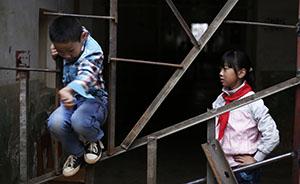 数百学生去上学发现校门被焊死,昆明一学校因租赁纠纷频放假