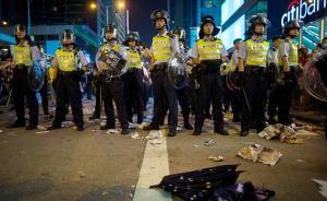 香港旺角晚间再现人员聚集,多人与警冲突后被带走