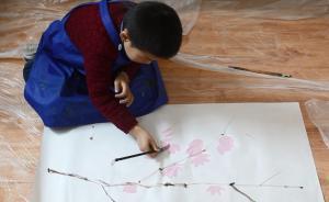 """给""""星星的孩子""""一支画笔:""""我只希望孩子更多地感知世界"""""""