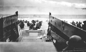 访谈︱郑寅达:诺曼底登陆并非二战转折点