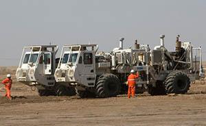 伊拉克军车送中国人转移,1200余人入住巴格达酒店