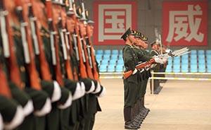 专家:解放军必须反腐败,不必担心军队会乱起来