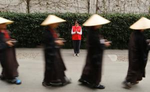 108人玉佛寺体验僧人生活7日,过半现场皈依成俗家弟子