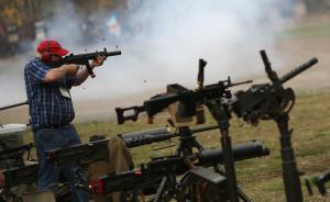 美大规模枪击事件中82%武器来源合法,背景调查体系遭质疑