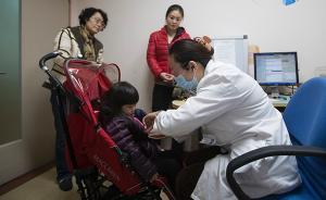 上海儿科门诊的一天:日看逾百名患儿,最快两分钟医生也遗憾